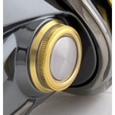 Крышка-заглушка (колпачок) отверстия для ручки Shimano 2014 STELLA (FI)